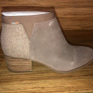 Toms Loren Bootie - Taupe Suede